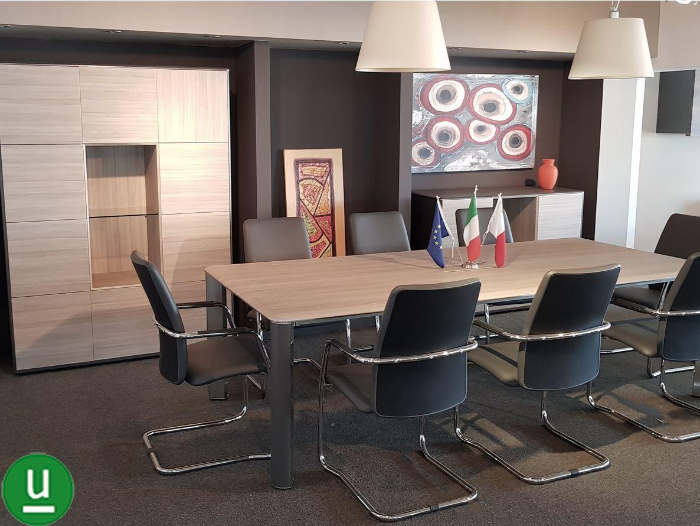 Dos srl vendita arredamento ufficio iulio las mobili for Sala arredamento