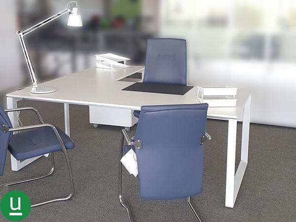 Scrivania della serie 5th elemento di las mobili dos srl for Las mobili ufficio